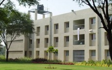 DAIICT - Dhirubhai Ambani Institute of Information a...