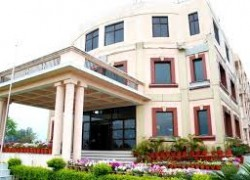 Kukreja Institute of Management and Technology (KIMT...