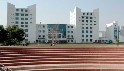 Suresh Gyan Vihar University Distance Education - Ta...